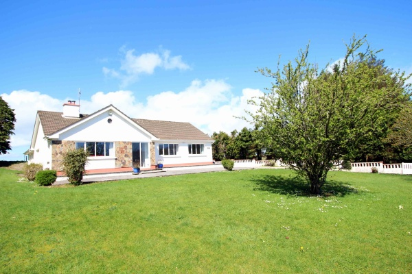 Land's End, Tullineasky, Clonakilty, 3 Bedrooms Bedrooms, ,2 BathroomsBathrooms,House,For Rent,Land's End, Tullineasky,1244