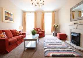 3 Rossa Street, 4 Bedrooms Bedrooms, ,3 BathroomsBathrooms,Apartment,For Rent,Rossa Street,2,1295