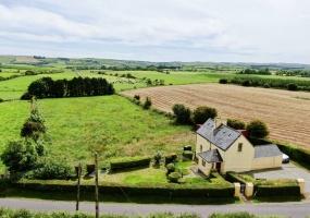 Knockea, Lyre, Clonakilty, 2 Bedrooms Bedrooms, ,1 BathroomBathrooms,House,For Sale,Knockea, Lyre,1320
